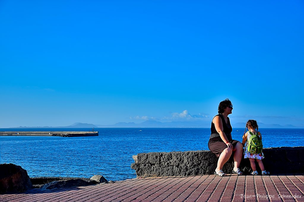 La fille, la mère et l'océan